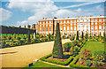 TQ1568 : Hampton Court Palace: south side of Stuart (Wren) palace from Privy Garden by Ben Brooksbank