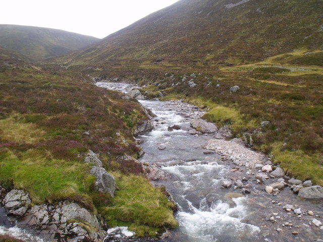 Allt Luineag shortly before becoming River Eidart, Glenfeshie