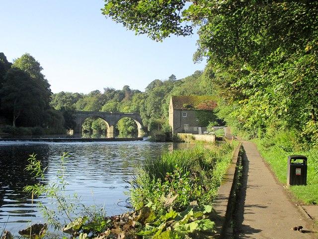 Durham: Riverside Walk