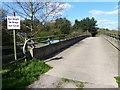 SK5106 : Bridge across the M1 motorway by Mat Fascione