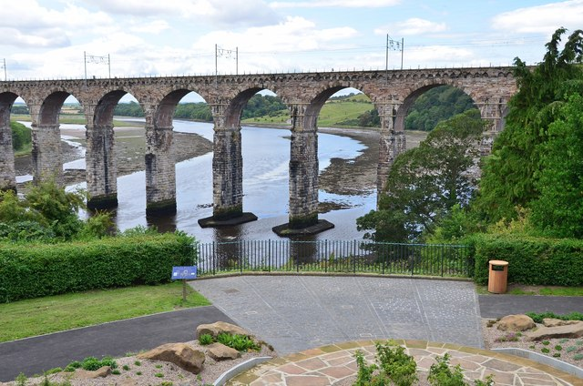 Viewpoint and Royal Border Bridge, Berwick-upon-Tweed