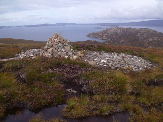 Cnoc Scoraig summit cairn looking north-east