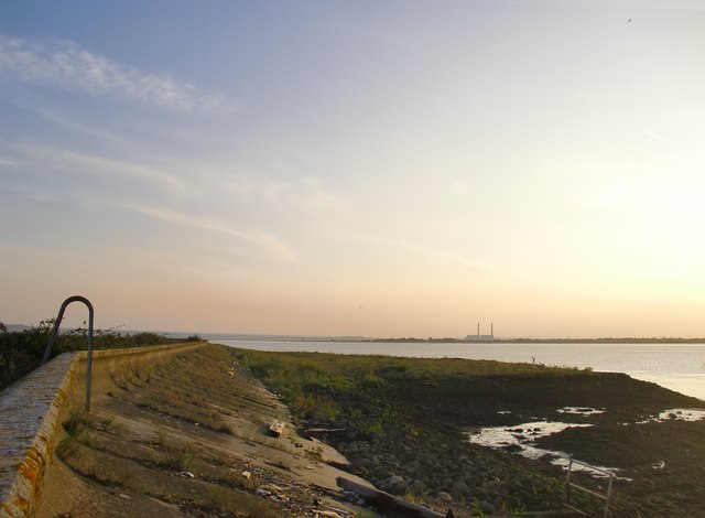 The Thames foreshore and seawall above Lower Hope Point