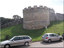 SE6052 : City wall, Lord Mayor's Walk, York by Robin Sones