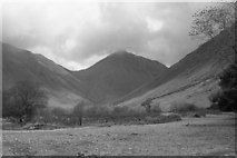NY1807 : An almost dry Lingmell Beck by Peter Bond