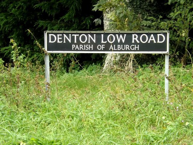 Denton Low Road sign