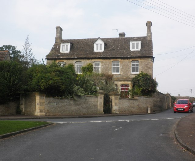 Stonelea House, Acton Turville
