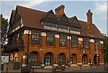 SK7954 : The Ossington, Newark by Paul Harrop