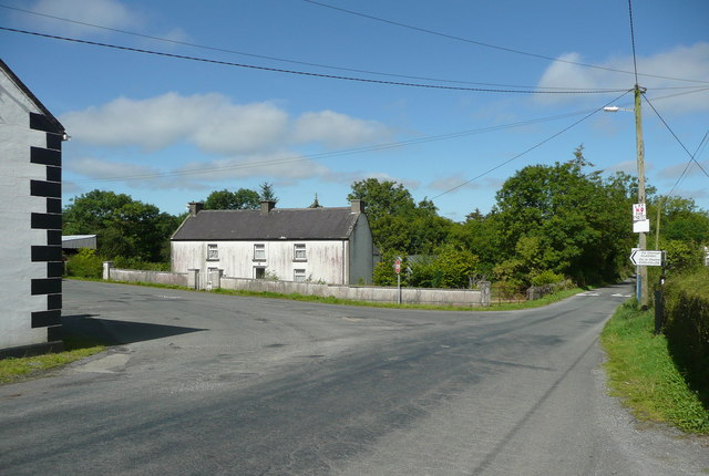 Road junction at the Ridge Bar