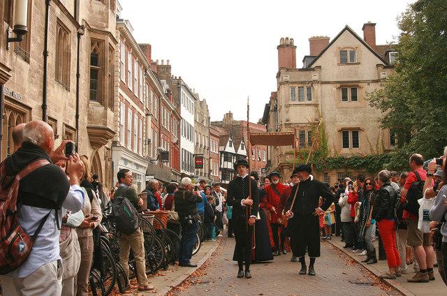 The ceremonial visit of Queen Elizabeth I to Cambridge