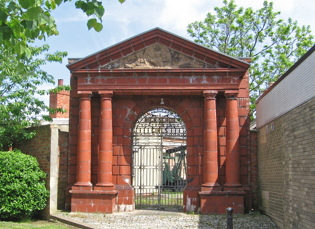 Hartlepool - ornamental gate on Raby Road
