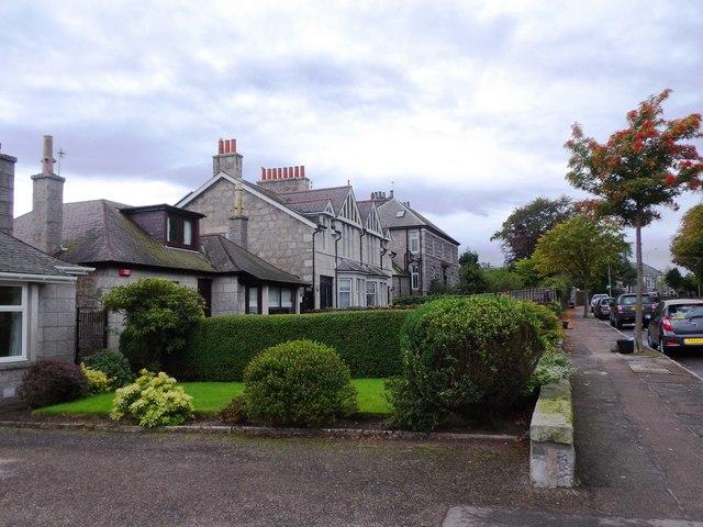 Dwellings on Queen's Road