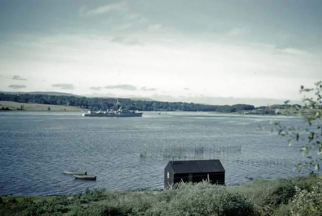 Navy vessel heading out to sea along the River Foyle (July 1960)