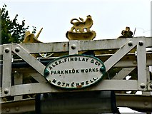 SO5139 : Reverse side, coat of arms, Victoria Bridge, Hereford by Brian Robert Marshall