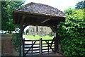 TQ5446 : Lych gate, Church of St Mary by N Chadwick