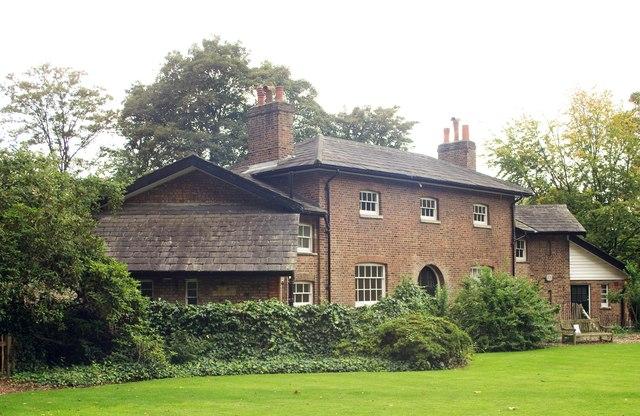 Kenwood Farmhouse
