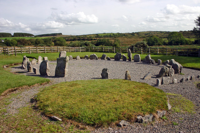 Drumskinny stone circle and cairn, Drumskinny Road