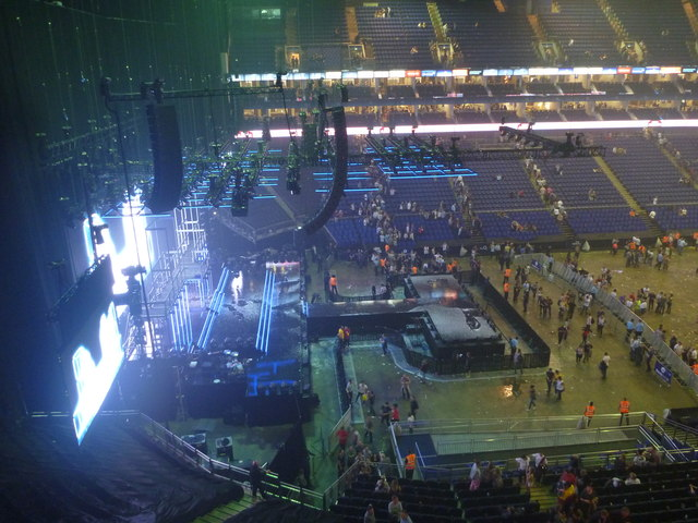 London Interiors : Empty Stage At The O2 Arena