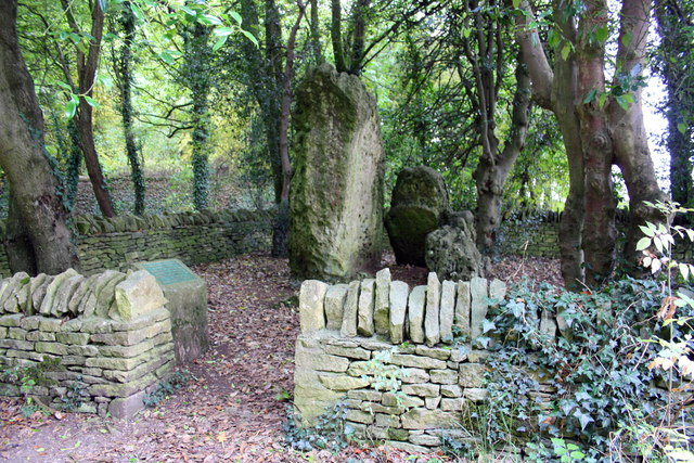 Hoar Stone, a prehistoric burial chamber in its enclosure