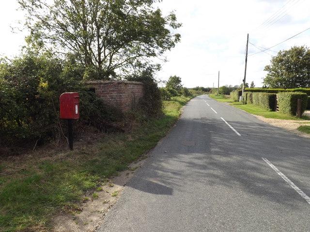 Hall Road & Hundon Hall Postbox