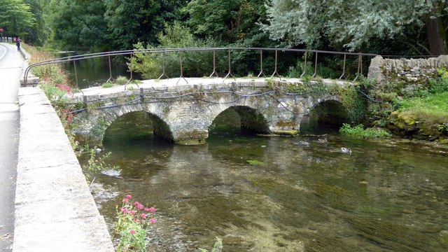Footbridge to Arlington Row