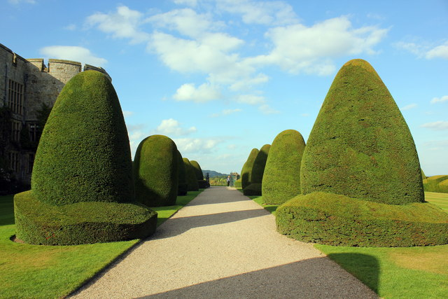 Topiary at Chirk Castle