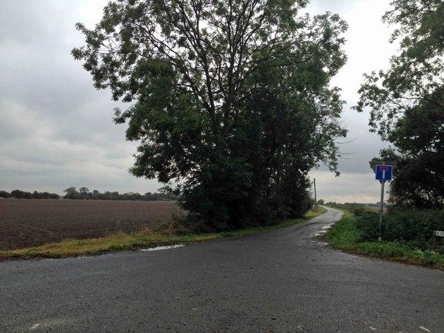 Newlands Lane no through road by Steve  Fareham