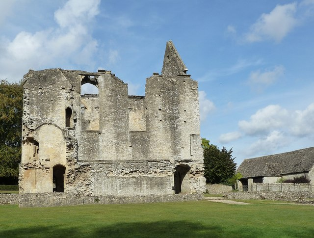 Minster Lovell - Old Hall and barn