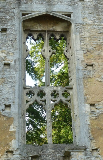 Minster Lovell - Window in Northwest Building