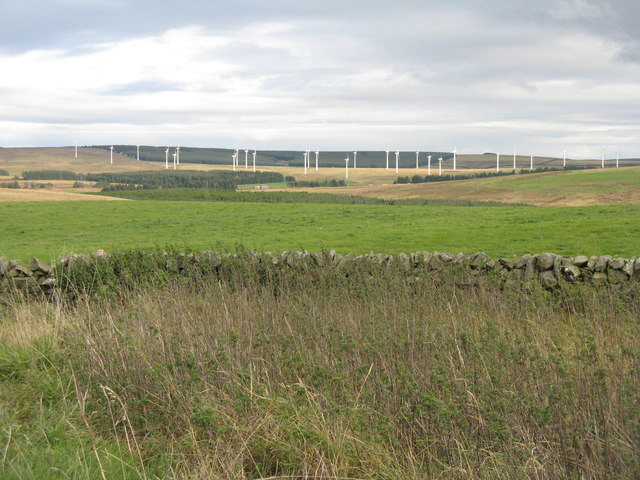 Dun Law East wind farm from Soutra Aisle