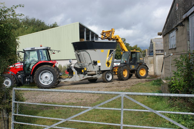 Loading the feed wagon with silage at Sonning Farm