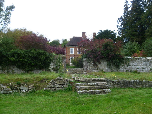 Buston Manor from the Greensand Way