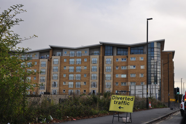 Manchester : Salford - Oldfield Road & Apartments
