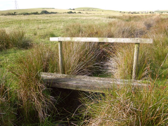 A secondary footbridge