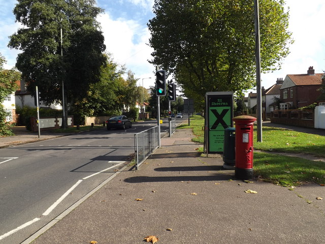 Bluebell Road & Earlham Five Ways Postbox