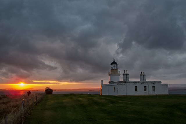 Sunrise at Chanonry Point lighthouse