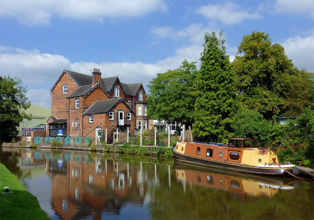 Canal, school and narrowboat at Stone, Staffordshire