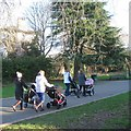 SP2965 : Quartet of mums and babies push into St Nicholas Park, Warwick by Robin Stott