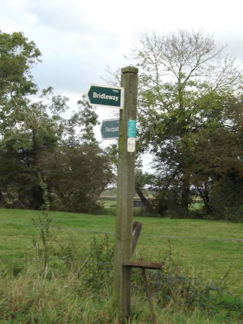 footpath/bridleway sign