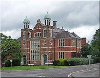 SU8651 : Former Smith-Dorrien Methodist Soldiers' Home, Queen's Avenue, Aldershot by Stephen Richards