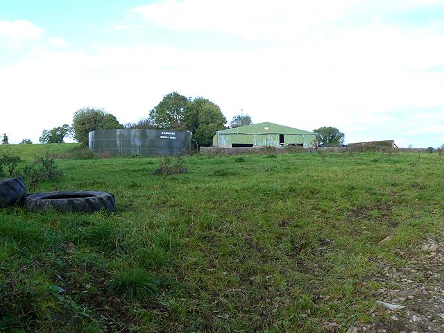 Barn and slurry tank at Mountlusk