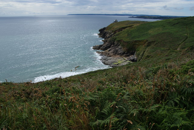 Coastline below Rinsey East Cliff