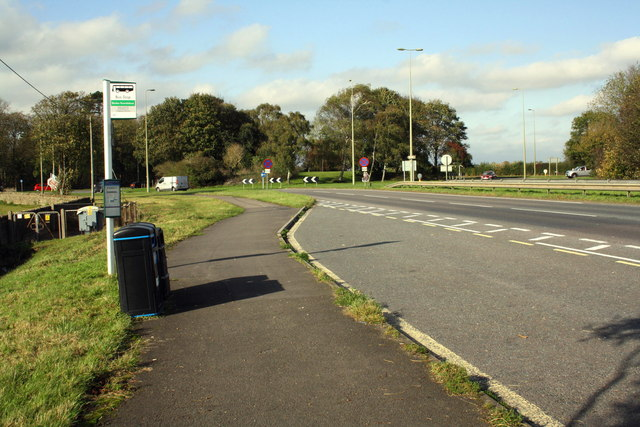 Bus stop for the S3 to Chipping Norton at Bladon Roundabout