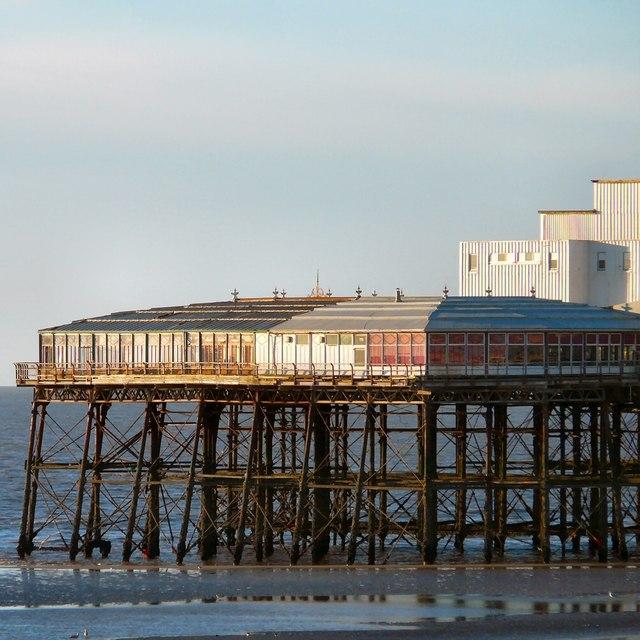North Pier Sun Lounge