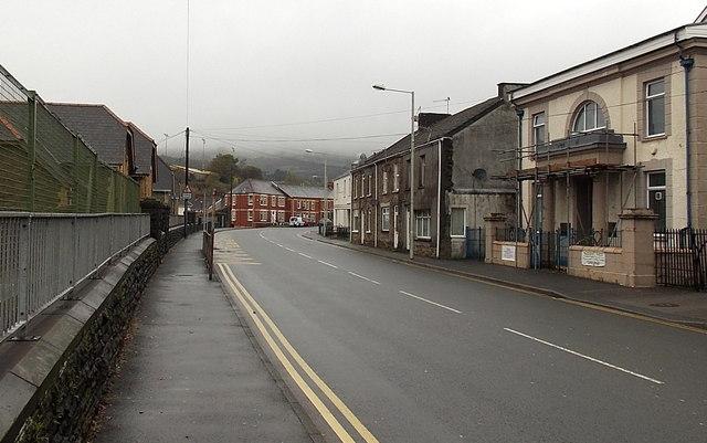 Bend ahead in Castle Street, Maesteg