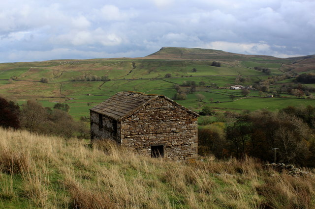 Stone Barn above Countersett (1)