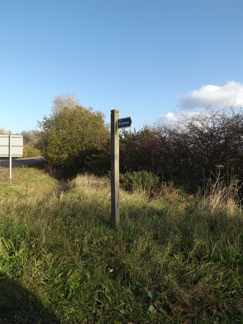 Bridleway sign off the A143 Scole Stuston Bypass by Geographer