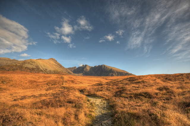 The path to Coire Lagan