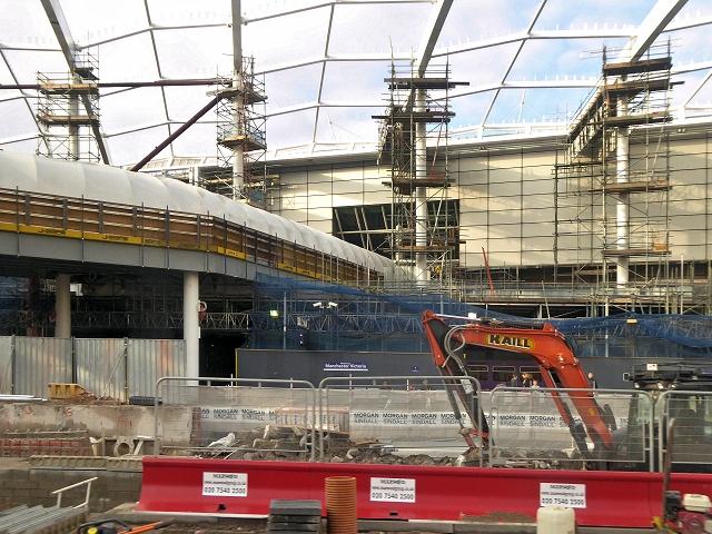 Building Work at Victoria Station, November 2014