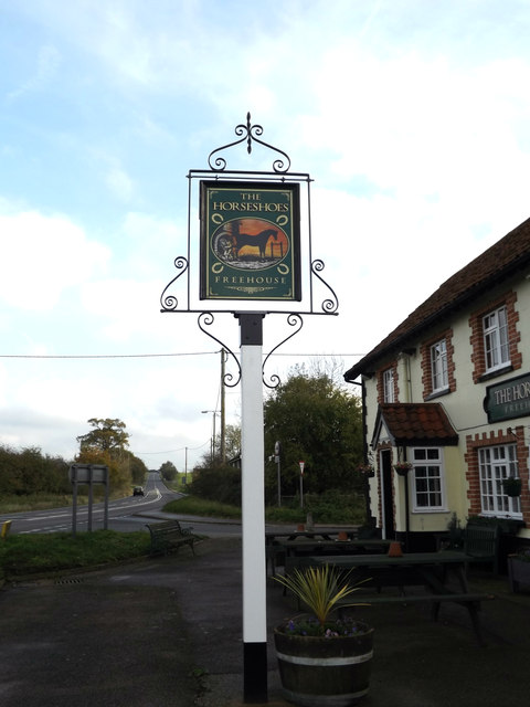 The Horseshoes Public House sign